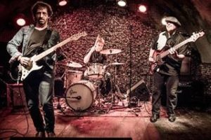 Cliff Stevens Band 2017 Grass Won't Grow European Tour